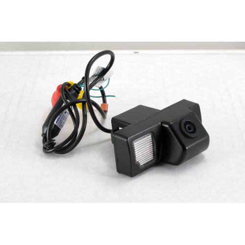 Камера заднего вида Pleervox PLV-cam-TYLC02