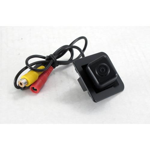 Камера заднего вида Quantoom KMS-0573