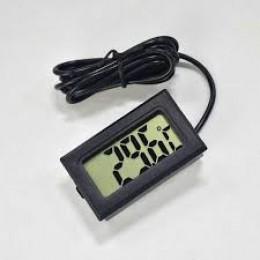 Термометр автомобильный (встраиваемый, 28 х 48 х 22 мм)